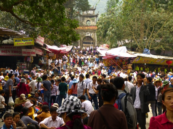 It is difficult to capture the sea of humanity at the Pagoda.  As it got more crowded, it was impossible to photograph.