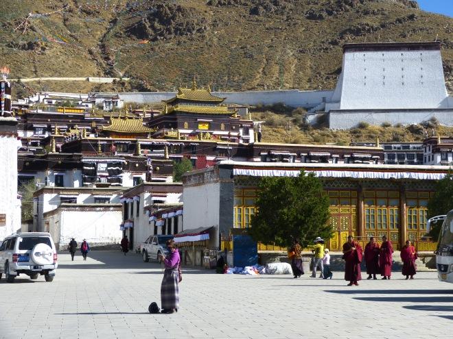 Entrance to the Tashilhunpo Monastery