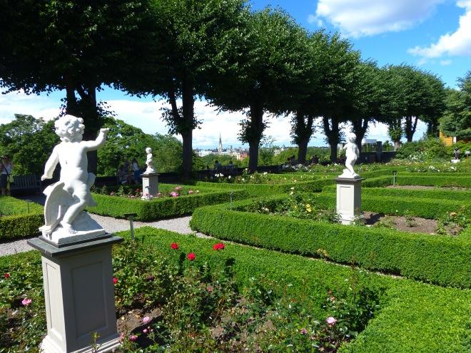 A beautiful garden with a beautiful view